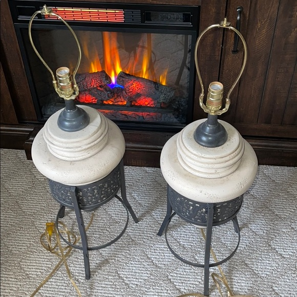 2 piece set pottery lamps